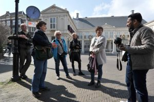 Beleef en bewaar Den Haag, fotografieworkshop tijdens stadswandeling in Den Haag